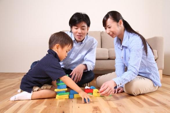 大切な子どもとの時間(photo by acworks/photoAC)