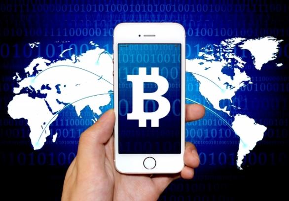 世界を駆け巡る「ビットコイン」