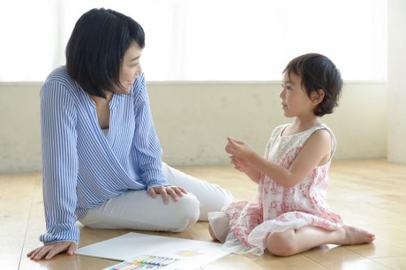 親が子にしてあげられることは…(photo by acworks/photoAC)