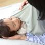 赤ちゃんと一緒にリラックス。子どもの「寝つき」をよくする4つのコツ
